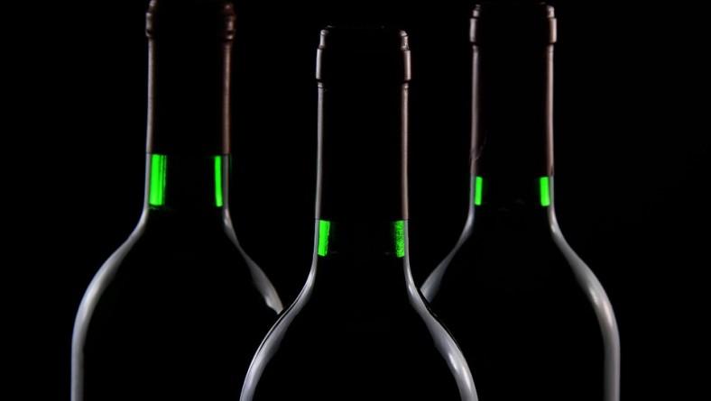 Botellas de vino fabricadas en bioplástico